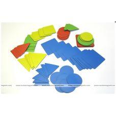 Геометрические фигуры: изучаем форму, цвет, размер (120 магнитных карточек, 4 цвета)